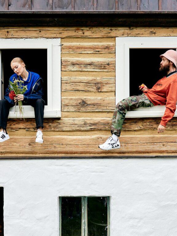 Nosit streetwear i do přírody? Anet X a rapper Karlo ukazují, že to jde!