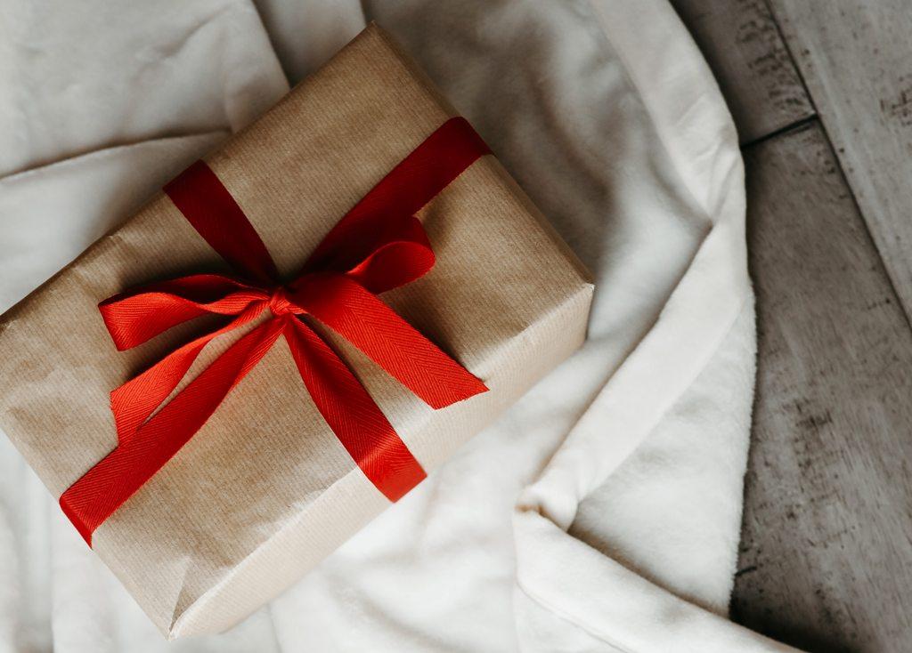 Hledáte fakt dobrý dárek pro muže? Našla jsem 22 způsobů jak na to