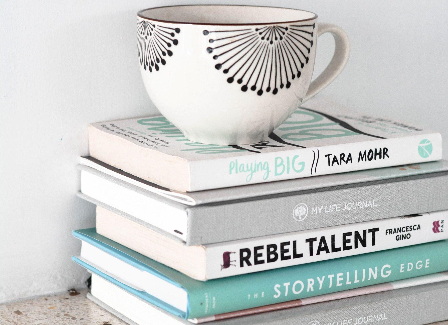 Knihy zažívají obrovský comeback. Pořiďte si knihu, která vás naučí novým návykům