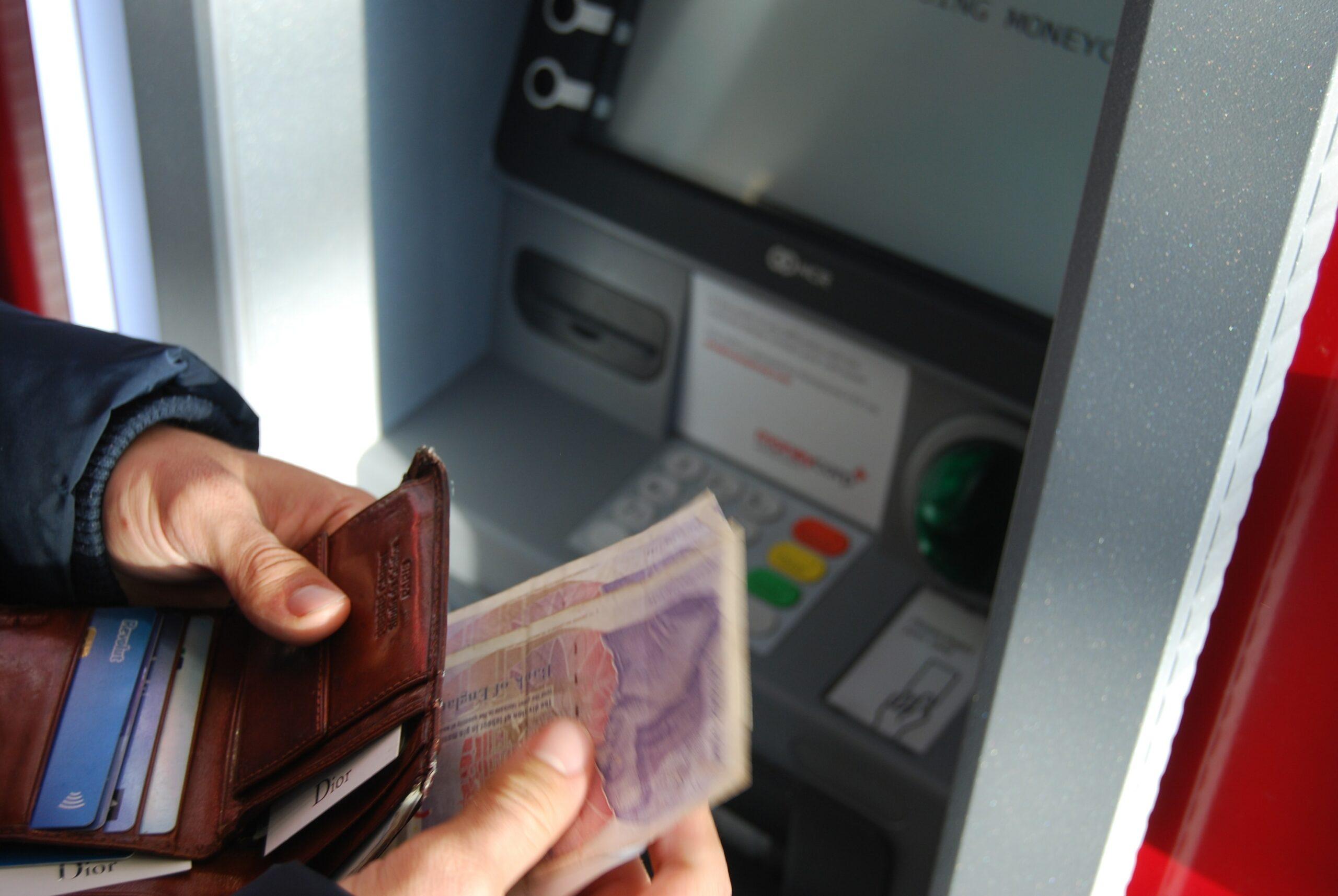 5 tipů, jak si rychle půjčit peníze a nezkazit si budoucnost