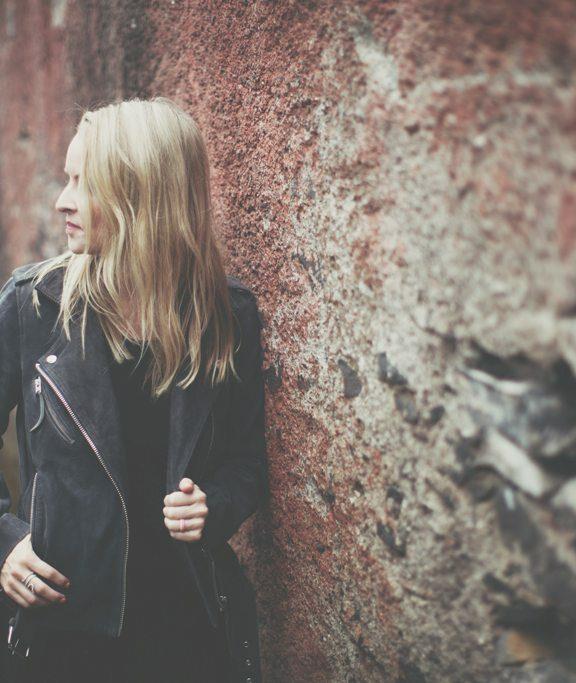 Trápí vás padání vlasů? Lék na zdravé, silné a dlouhé vlasy je na světě